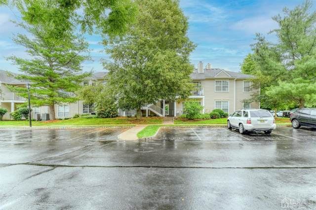 33 Amberly Court #1213, Franklin, NJ 08823 (MLS #2119511R) :: The Michele Klug Team | Keller Williams Towne Square Realty