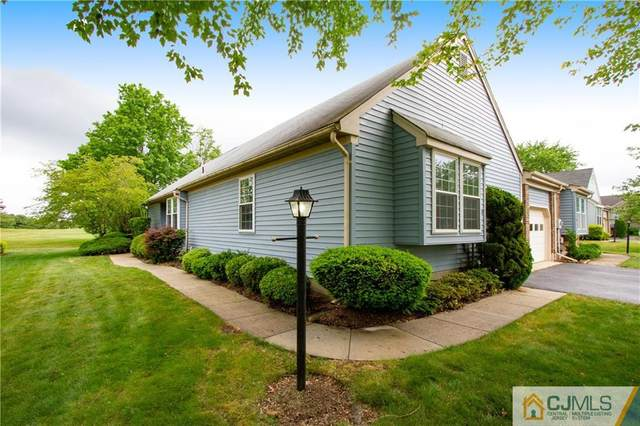 32 Yorkshire Drive B, Monroe, NJ 08831 (MLS #2150347M) :: Kay Platinum Real Estate Group