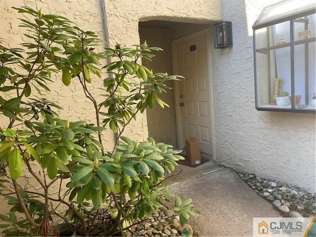 41 Gate House Lane, Edison, NJ 08820 (MLS #2150495M) :: Kiliszek Real Estate Experts