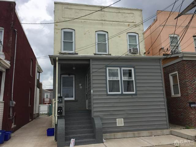 11 Salem Avenue, Carteret, NJ 07008 (MLS #2200096R) :: Kiliszek Real Estate Experts