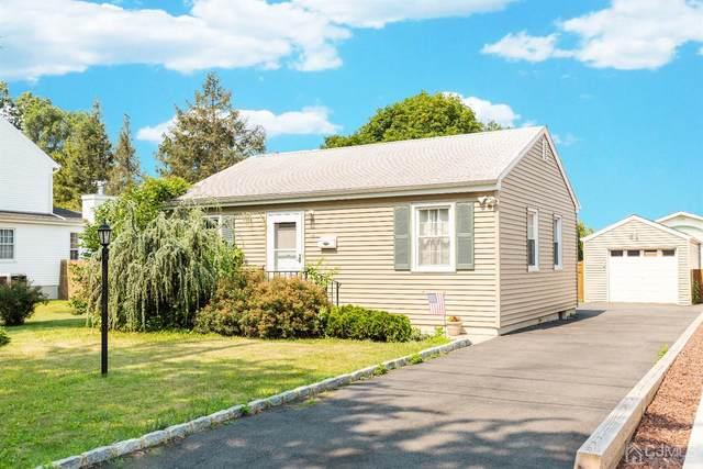 41 Barton Street, Edison, NJ 08837 (MLS #2200241R) :: Gold Standard Realty