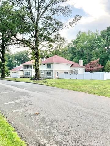 555 E Colonia Boulevard E, Colonia, NJ 07067 (MLS #2200977R) :: The Dekanski Home Selling Team