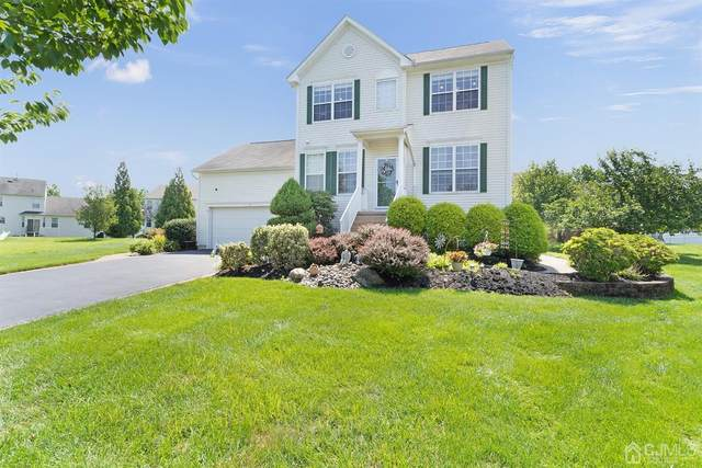 8 Russell Court, Hightstown, NJ 08520 (MLS #2201495R) :: The Sikora Group