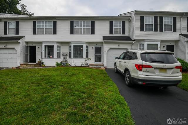 11 Birchwood Court, Middlesex, NJ 08846 (MLS #2201822R) :: Kiliszek Real Estate Experts