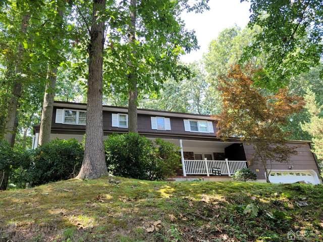 33 Oakcrest Drive, East Brunswick, NJ 08816 (MLS #2202460R) :: William Hagan Group