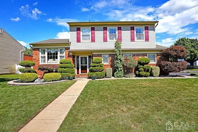 49 Mohawk Avenue, Middlesex, NJ 08846 (MLS #2203658R) :: William Hagan Group