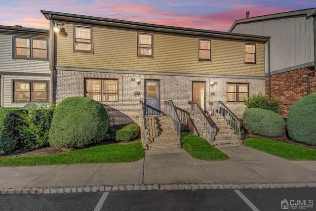 611 Maple Hill Drive #611, Woodbridge Proper, NJ 07095 (MLS #2203949R) :: The Dekanski Home Selling Team