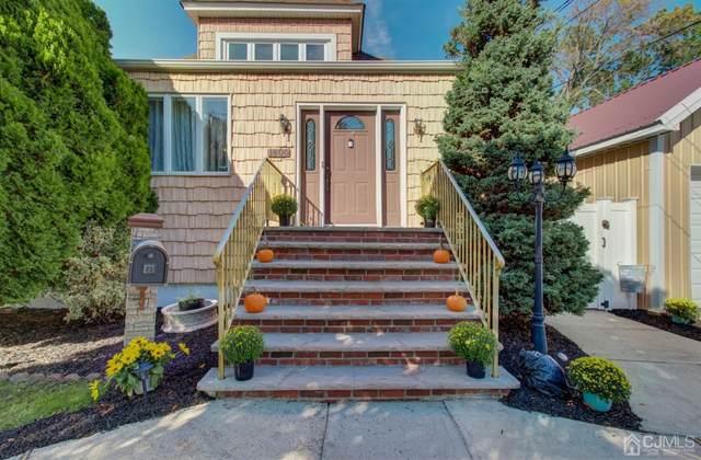 1400 Roosevelt Avenue, Carteret, NJ 07008 (MLS #2205124R) :: William Hagan Group