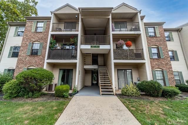 41 Canterbury Court #2041, Piscataway, NJ 08854 (#2205154R) :: Rowack Real Estate Team