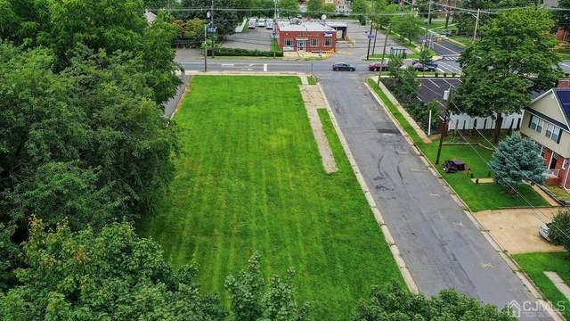 14 Thomasine Street, Edison, NJ 08817 (MLS #2205432R) :: William Hagan Group