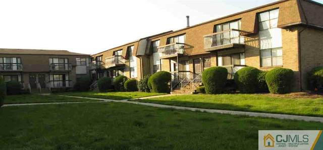 1317 N Oaks Boulevard, North Brunswick, NJ 08902 (MLS #2250197M) :: The Sikora Group