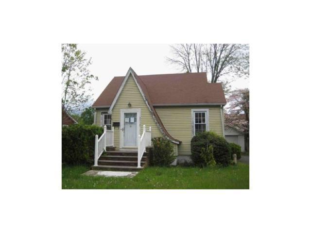 212 Fairfield Avenue, Middlesex Boro, NJ 08846 (MLS #1719100) :: The Dekanski Home Selling Team