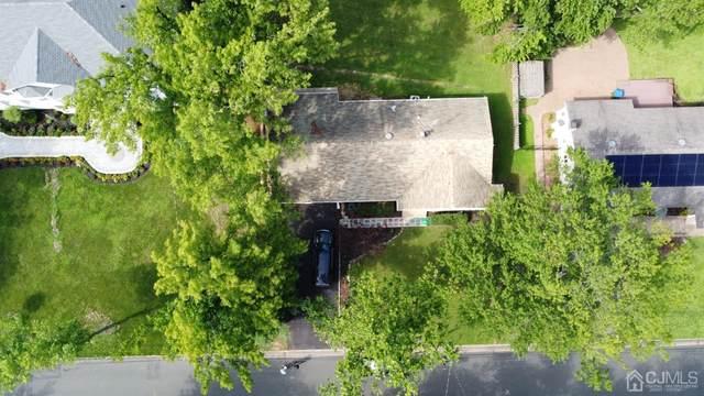 46 SW Oliver Avenue, Edison, NJ 08820 (MLS #2103124) :: The Sikora Group