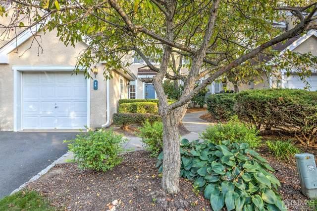 74 Ashford Drive, Plainsboro, NJ 08536 (MLS #2105666) :: Kiliszek Real Estate Experts