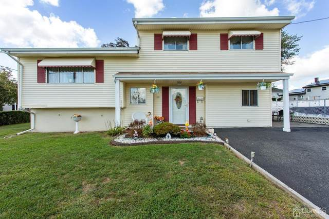 131 E Tappen Street, Port Reading, NJ 07064 (MLS #2105685) :: The Dekanski Home Selling Team