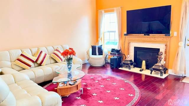 69 Heatherwood Drive, North Brunswick, NJ 08902 (MLS #2114447R) :: The Michele Klug Team | Keller Williams Towne Square Realty