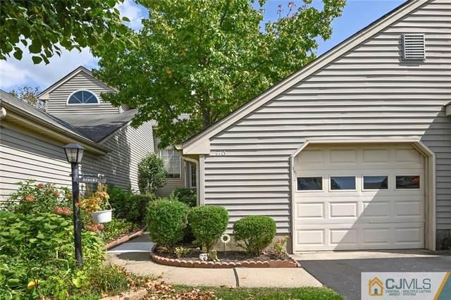 17 James Buchanan Drive B, Monroe, NJ 08831 (MLS #2118529R) :: Provident Legacy Real Estate Services, LLC