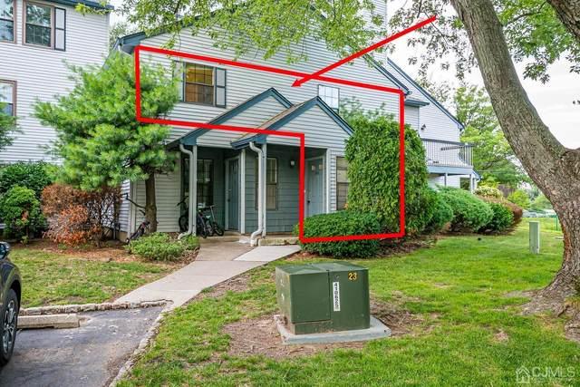 1108 Woodbridge Commons Way, Iselin, NJ 08830 (MLS #2200692R) :: The Dekanski Home Selling Team
