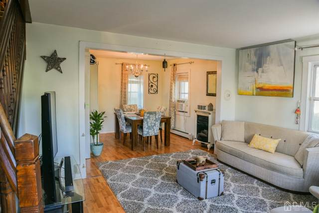 39 W Amherst Street, East Brunswick, NJ 08816 (#2204505R) :: Rowack Real Estate Team