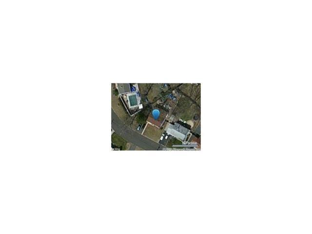 5 Andover Road, Old Bridge, NJ 08857 (MLS #1616370) :: The Dekanski Home Selling Team