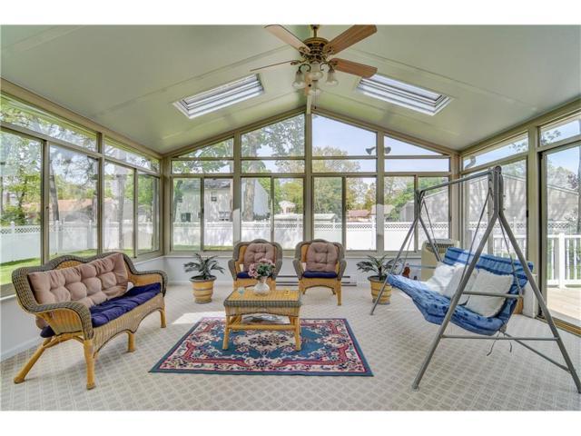1 Pine Street, Monroe, NJ 08831 (MLS #1716782) :: The Dekanski Home Selling Team