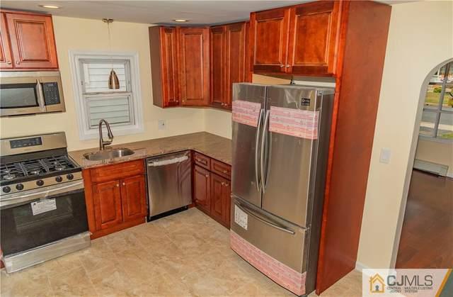 388 Division Street, Sayreville, NJ 08879 (MLS #2005388) :: The Dekanski Home Selling Team