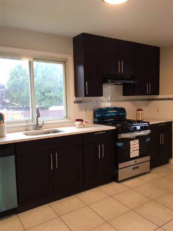 86 Grand Street, Iselin, NJ 08830 (MLS #1827108) :: The Dekanski Home Selling Team