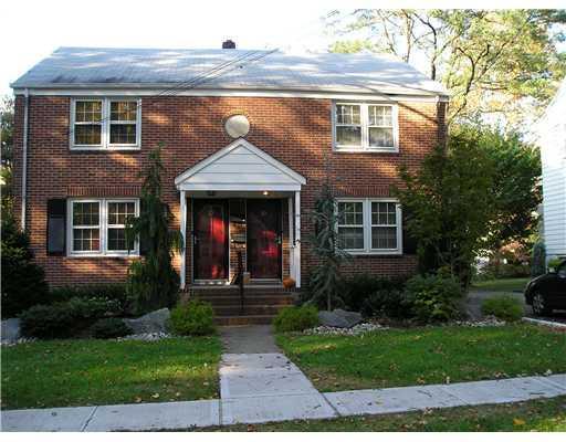 10 N Woodwild Terrace N, Metuchen, NJ 08840 (#1910695) :: Group BK