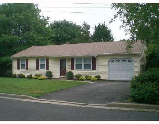 821 Maple Avenue, Piscataway, NJ 08854 (#1911942) :: Group BK