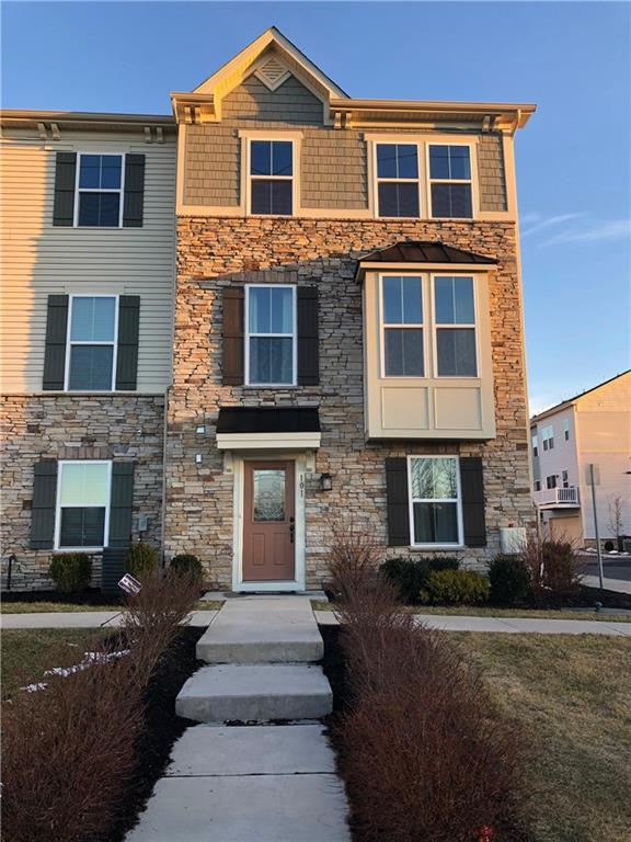 101 Bayside Court #101, South Amboy, NJ 08879 (MLS #1915645) :: Vendrell Home Selling Team