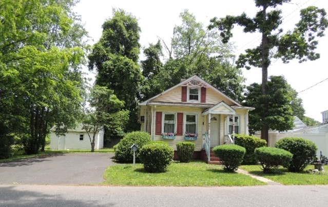 24 Dayton Avenue, Middlesex Boro, NJ 08846 (MLS #1928590) :: REMAX Platinum