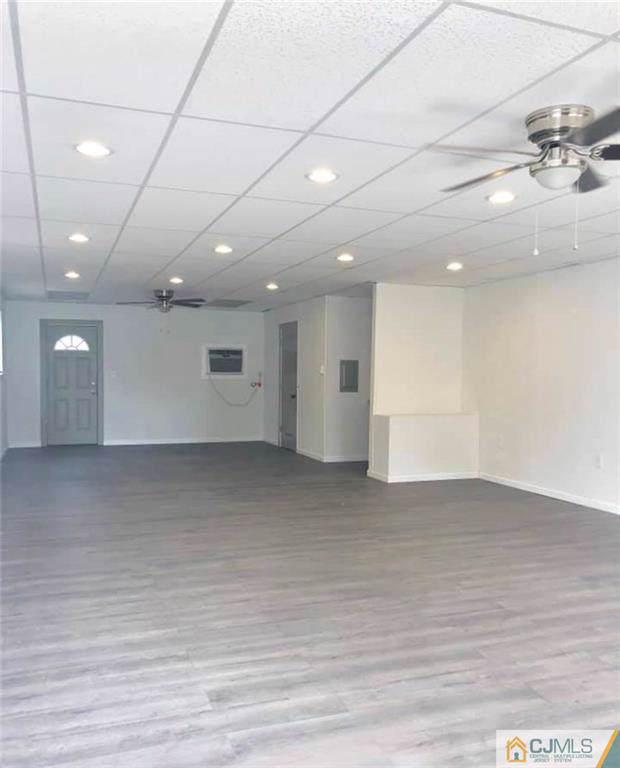 2045 Woodbridge Avenue, Edison, NJ 08817 (MLS #2004894) :: The Dekanski Home Selling Team