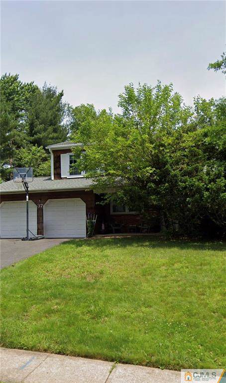 37 Gladstone Drive, East Brunswick, NJ 08816 (MLS #2008993) :: The Dekanski Home Selling Team