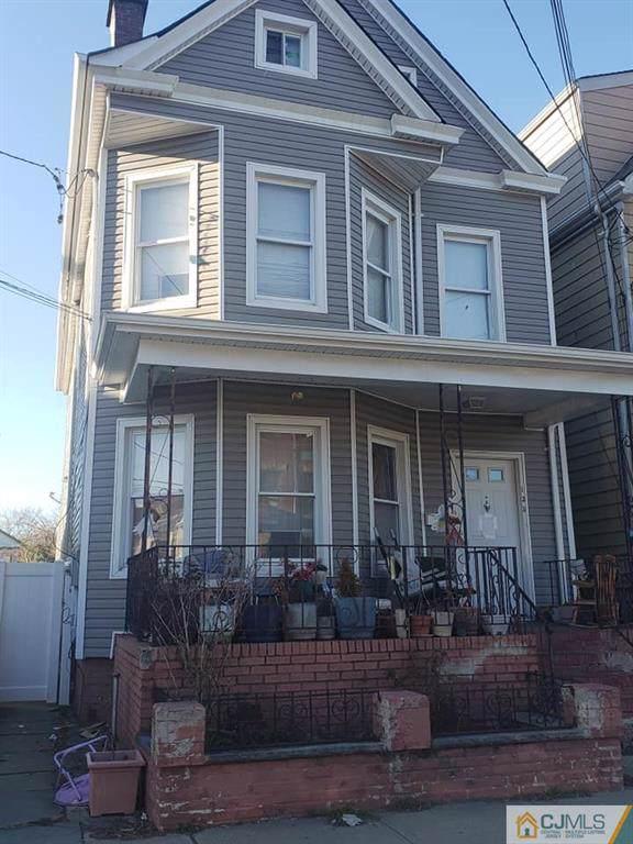 135 Madison Avenue, Perth Amboy, NJ 08861 (MLS #2010554) :: Vendrell Home Selling Team