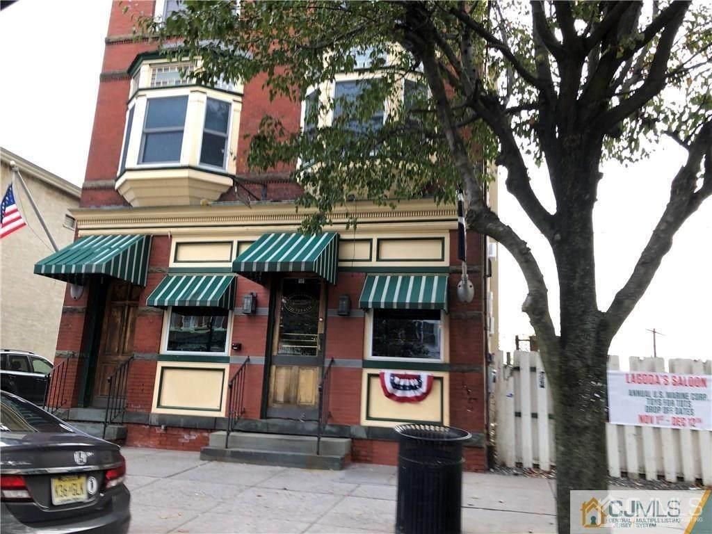 109 Broadway Avenue - Photo 1