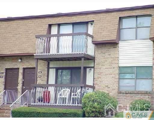 1310 N Oaks Boulevard, North Brunswick, NJ 08902 (MLS #2107301) :: REMAX Platinum