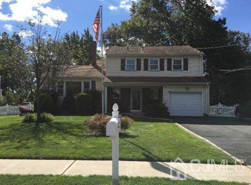 486 Taylor Place, North Brunswick, NJ 08902 (#2107556) :: Nexthome Force Realty Partners