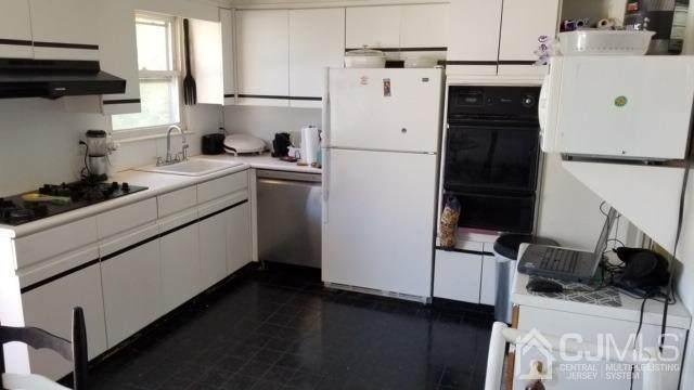 135 Delaware Avenue, Colonia, NJ 07067 (MLS #2115103R) :: William Hagan Group