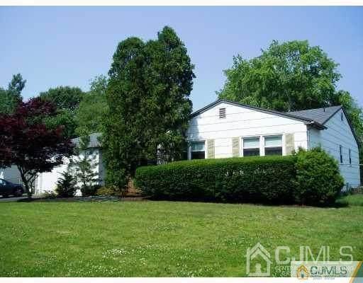 314 New Brunswick Avenue, East Brunswick, NJ 08816 (MLS #2115291R) :: Provident Legacy Real Estate Services, LLC