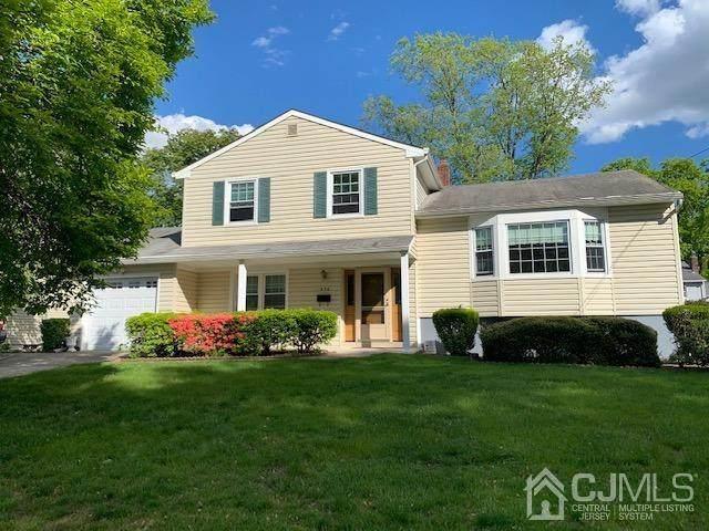 976 Glenn Avenue, North Brunswick, NJ 08902 (MLS #2116983R) :: Kiliszek Real Estate Experts