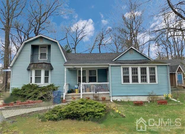 743 Myrtle Road, North Brunswick, NJ 08902 (MLS #2118985R) :: Kiliszek Real Estate Experts