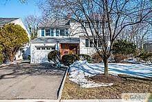 36 Essex Avenue, Metuchen, NJ 08840 (MLS #2150076M) :: REMAX Platinum
