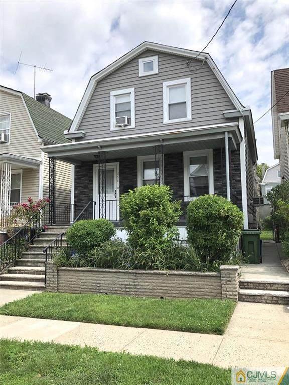454 Neville Street, Perth Amboy, NJ 08861 (MLS #2150668M) :: Provident Legacy Real Estate Services, LLC