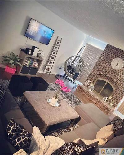 272 Willowbrook Drive, North Brunswick, NJ 08902 (MLS #2150697M) :: Gold Standard Realty