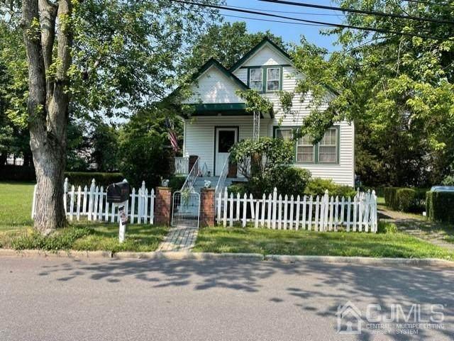 414 Vanderbilt Avenue, Franklin, NJ 08873 (MLS #2200332R) :: Kiliszek Real Estate Experts