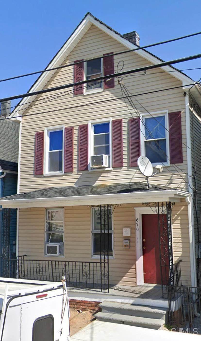 670 Elizabeth Street - Photo 1