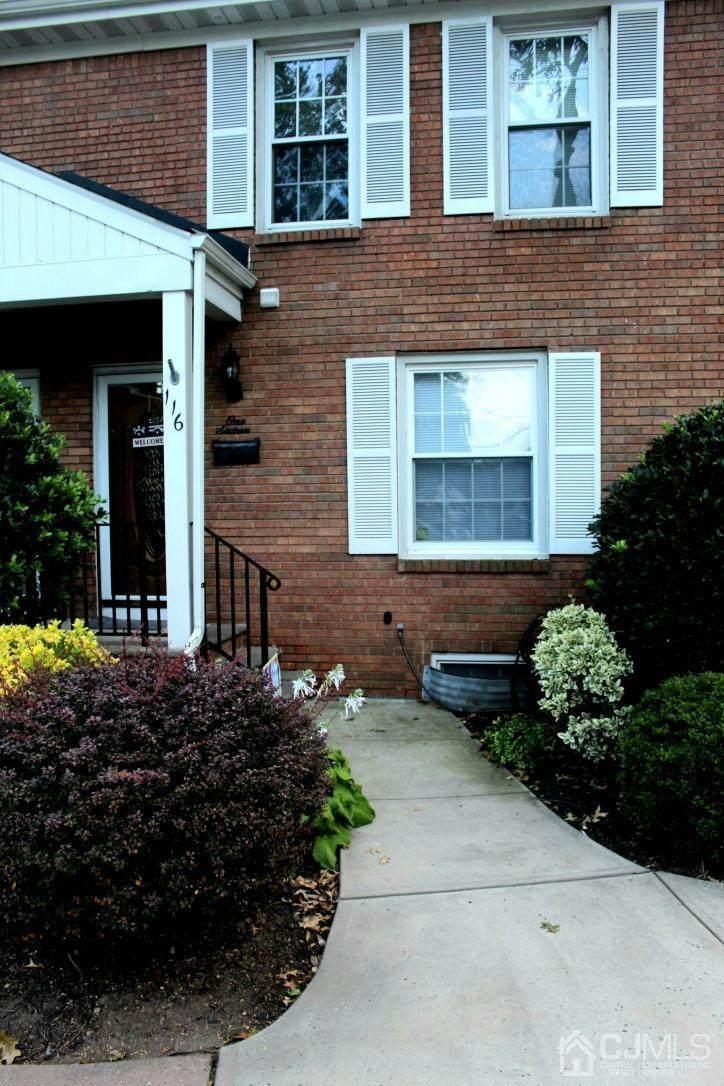 116 Howell Avenue - Photo 1