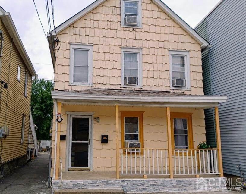 679 Catherine Street - Photo 1