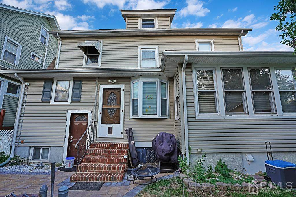 156 Lakeview Avenue - Photo 1