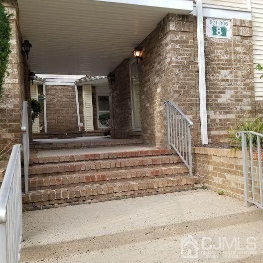 804 Madaline Drive, Avenel, NJ 07001 (MLS #2205156R) :: Gold Standard Realty